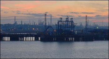 Fawley oil refinery, Hampshire photo Nick/Creative Commons