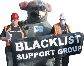 The Blacklist Support Group with Unite the Union's giant rat, photo by Socialist Party