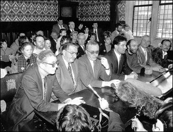 Liverpool City Councillors hold press conference at House of Lords 26 Jan 1987, photo Dave Sinclair