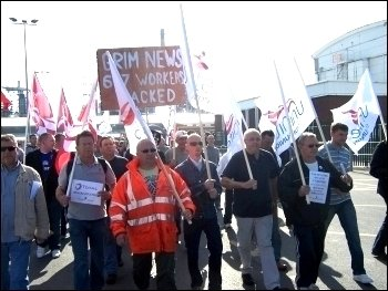 Lindsey Oil Refinery workers strike, photo Sean Figg
