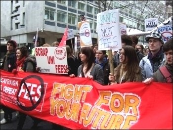 Socialist Students on the Campaign to Defeat Fees demo 25 February 2009, photo Naomi Byron