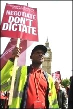 Postal workers demonstrate in London, photo Paul Mattsson