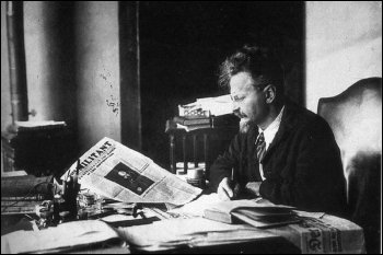 Leon Trotsky reading The Militant newspaper in 1931