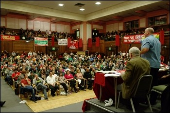 Bob Crow, general secretary of the Rail, Maritime and Transport workers union RMT, addresses Socialism 2009, photo Rob Emery
