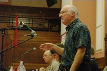 Peter Taaffe, Socialist Party general secretary addresses Socialism 2009, photo Rob Emery