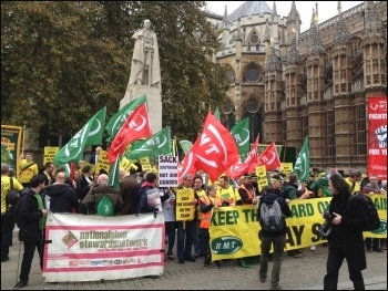 RMT protest at parliament - keep the guard on the train! 1.11.16, photo Paula Mitchell