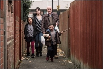 A heart attack forces Daniel Blake onto welfare