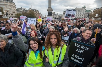 Culture sector workers and campaigners marching against cuts and sell-offs of libraries, galleries and museums, 5.11.16, photo by Paul Mattsson