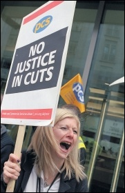 Members of public sector union PCS fighting cuts in the justice sector, photo Paul Mattsson