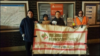 Northfields picket,  with Rob Williams from the NSSN 9.1.17