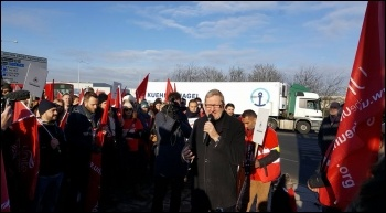 Len McCluskey addresses striking BA workers on 19 January photo Rob Williams