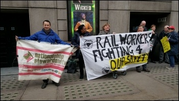 RMT picket line at Victoria 22 February 2017 photo Chris Newby