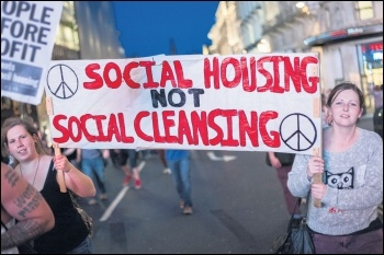 Marching against the housing crisis, photo Paul Mattsson