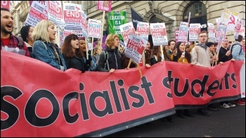 Socialist Students marching for free education, 19.11.16, photo by James Ivens