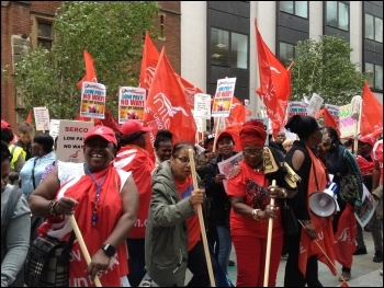 Outside Serco shareholders' meeting, 3.8.17, photo by JB