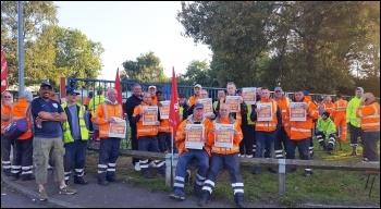 Birmingham bins strikers, photo Rachel Jenkins