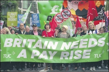 Trade union leaders marching on the TUC's 'Britain needs a pay rise' demo in 2014, photo by Paul Mattsson