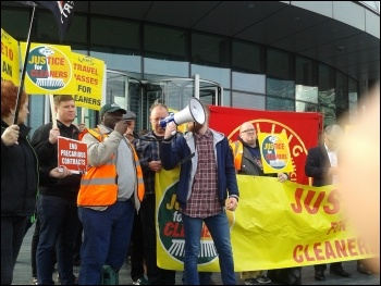 RMT cleaners protest 12 October 2017, photo Pete Mason