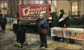 Linda Taaffe, Waltham Forest TC and Socialist Party, speaking to campaigners and residents