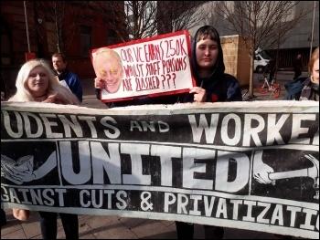 Newcastle students supporting UCU strike, 22.2.18, photo by William Jarrett