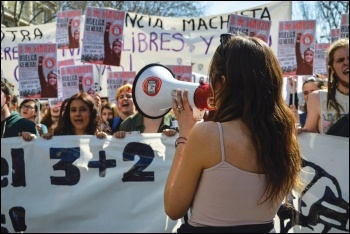Women marching with the Sindicato de Estudiantes (Students' Union) in Spain