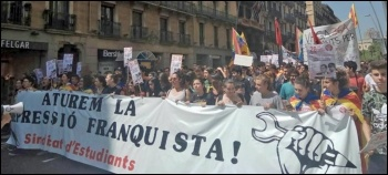 Students in Catalonia marching against Francoist repression, photo by Sindicat d'Estudiants