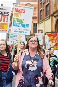 NSSN supporters marching to TUC congress, 9.9.18, photo by Mary Finch