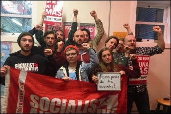 Socialists in the US sending solidarity to Mexico, photo by Socialist Alternative