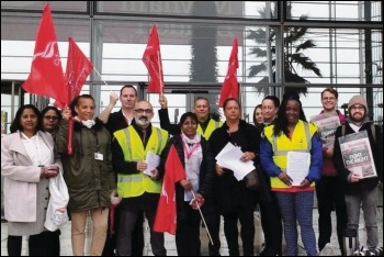 Newham payables officers protesting outside council offices, 15.10.18, photo by James Ivens