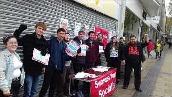 Welsh Socialist Students campaign stall in Swansea 3 November 2018, photo Ross Saunders