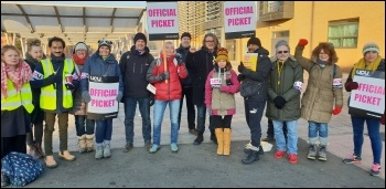Leicester college staff strike against low pay, Abbey Park campus, 31st January 2019, photo Steve Score