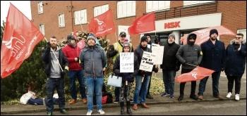 NSK workers on strike, March 2019, photo by Jon Dale