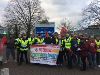 Southampton Hospital security staff strike against unsafe work on 8 April, photo Nick Chaffey