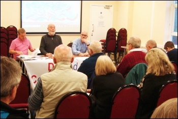 Bracknell housing campaign meeting, 8.4.19, photo by Ed Glasson