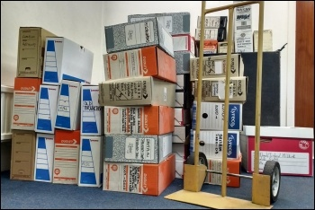 The Socialist Party is moving office, photo by James Ivens