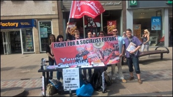 photo Young Socialists - Young Workers' Rights campaign