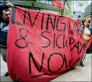 Cleaners demanding a living wage and sick pay, photo Paul Mattsson