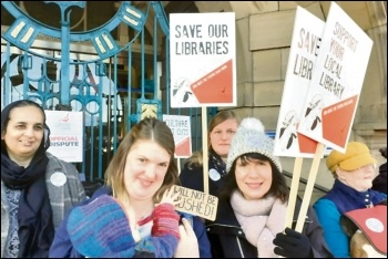 Unite union library workers on strike in Bradford, photo by Iain Dalton