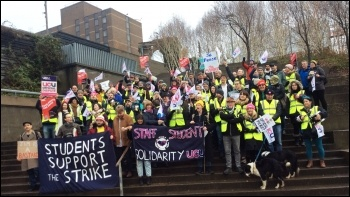 Glasgow, UCU strike 25.11.19, photo Matt Dobson