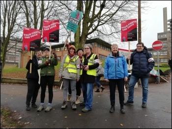 Leicester, UCU strike 25.11.19, photo Tessa Warrington