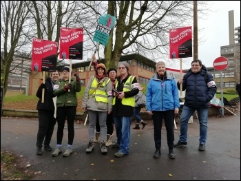 Leicester sixth-form college strike November 2019, photo Tessa Warrington