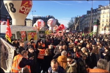 France pensions strike, national demonstration in Paris, 16.1.2020, photo James Ivens