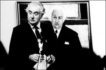 Australian Labour prime minister Gough Whitlam in front of a portrait of Governor-General John Kerr, who dismissed him, 1981, photo by Peter van der Veer