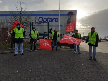 Optare workers on strike photo: Iain Dalton