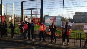 Little Ilford school picket line 18 November 2020, photo James Ivens