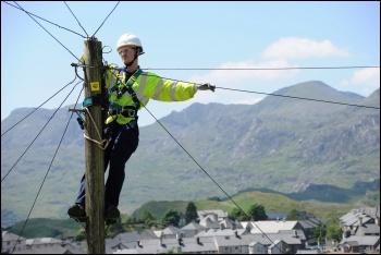 Telecoms Worker Photo: Johnnie Parkington/CC