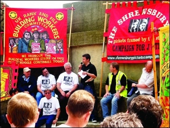 Rob Williams, Chair of National Shop Stewards Network addresses 2009 protest in support of Shrewsbury Pickets Photo: A Taylor
