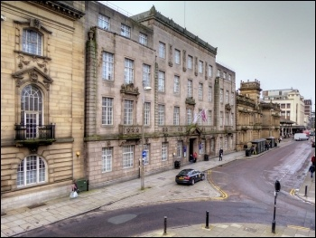 Preston Town Hall, photo David Dixon/CC