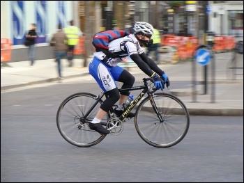 Cyclist Photo: ProfDEH/CC