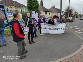 Lees Brook picket line, photo Charlie Taylor